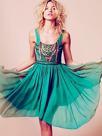 This dress needs to be in my closet...NOW. (Bohemian dress)
