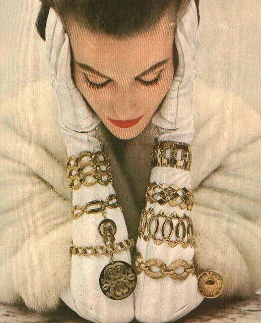 Monet Jewelry, Vogue 1954