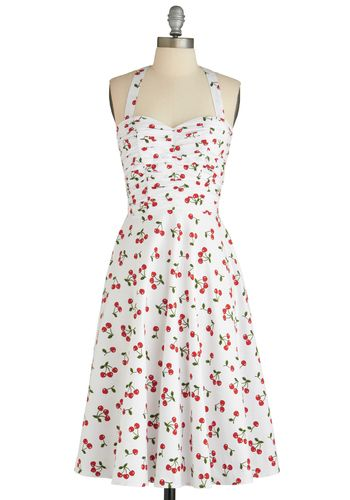 A whimsical vintage look, still chic now.  Fruit Stand Dress, #ModCloth