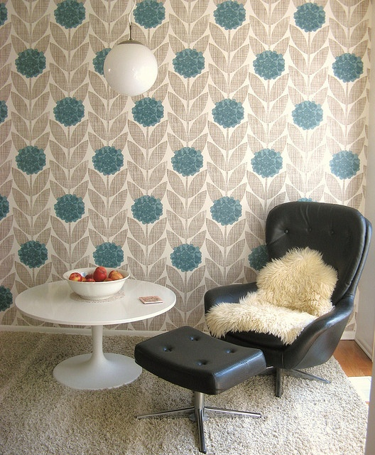 Orla Kiely wallpaper would love to use in a bathroom!
