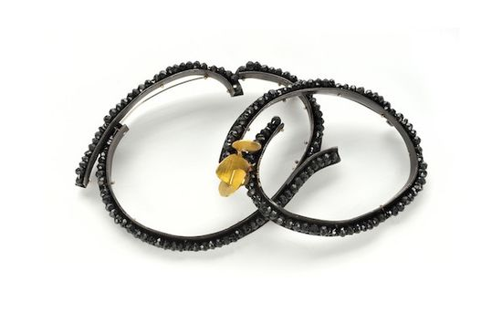 Lucia Massei - Caffè della Pace | brooches year 2011 oxidated silver, yellow gold, black spinels