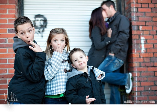 ah hahahaha!  what a fun family!  milliehollomanblo...