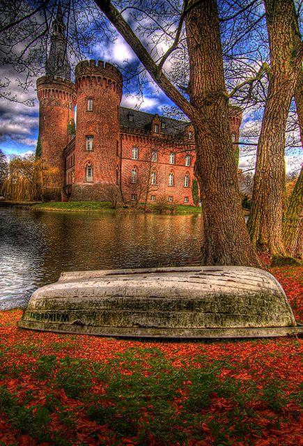 Schloss Moyland, North Rhine-Westphalia, Denmark