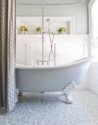 5 Great Bathrooms with Wainscoting