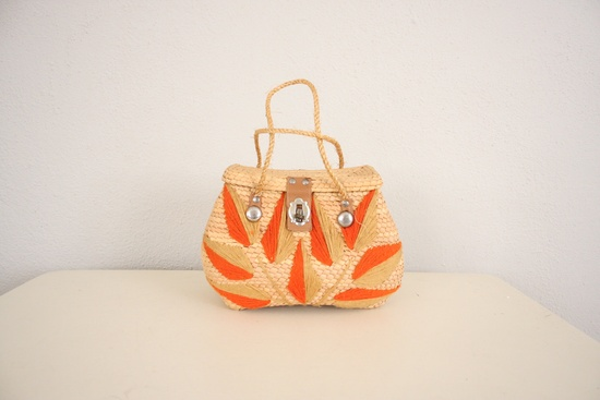Vintage Straw Purse // 1960s Mid Century by adVintagous on Etsy, $22.00