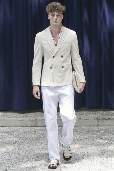 Sfilata Andrea Incontri Milano Moda Uomo Primavera Estate 2013 - Vogue