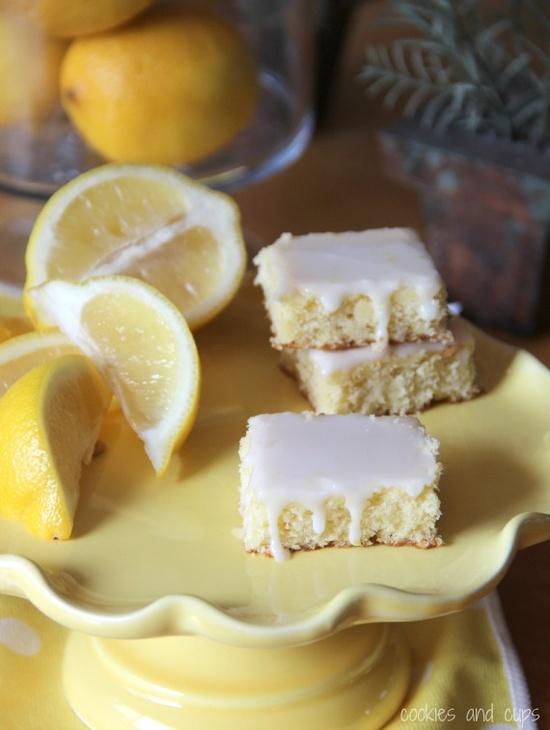 Lemonade Brownies by cookiesandcups. #brownies #recipes