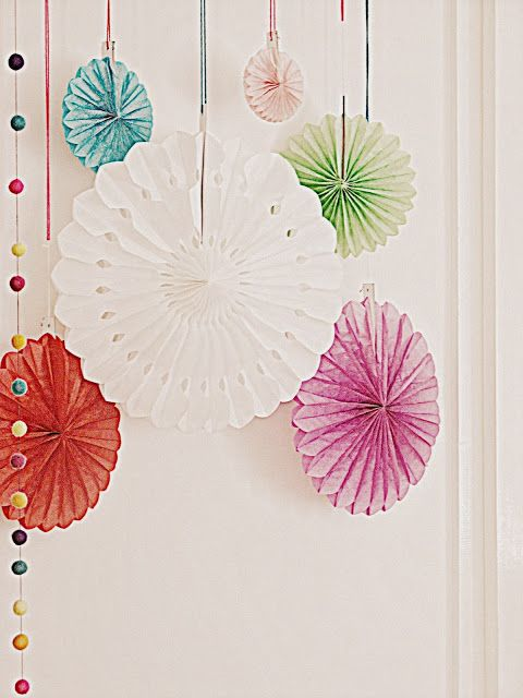 Vintage style honeycomb paper fans