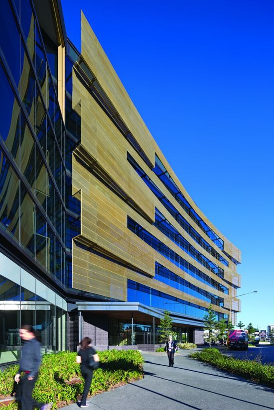 Energex Headquarters / Cox Rayner Architects + BVN Donovan Hill  #architecture - ?k?