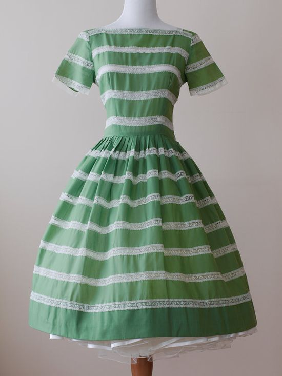1950s Party Dress / 50s Full Circle Skirt Green by WearAreTheyNow