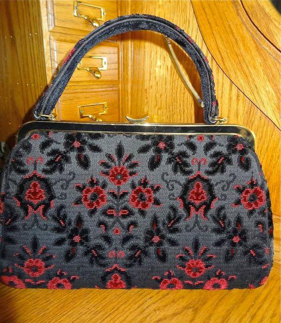 VINTAGE TAPESTRY BAG by bellajackets