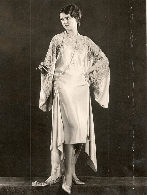 Hostess Gown from 1929