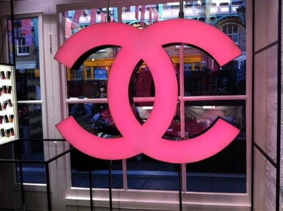 Countdown to the opening of Chanel's pop up shop in Covent Garden...
