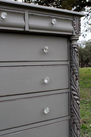 vintage chest of drawers (french linen)    the color