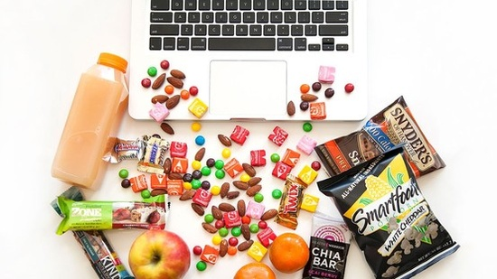 How to eat healthy when you're addicted to snacking