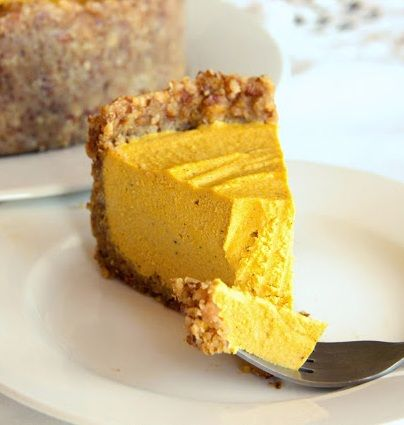 Low Carb Diet Recipes - The most outrageously delicious healthy pumpkin cheesecake! #keto #lchf #lowcarbs #diet #recipes