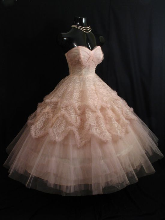 1950's prom dress ~Baby Pink~???