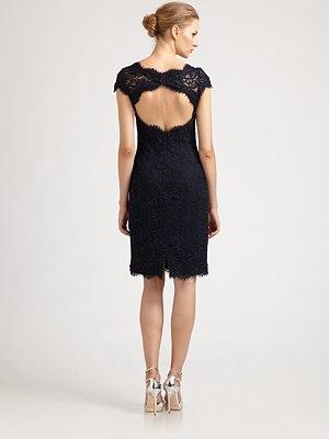 ML Monique Lhuillier Diamond-Back Lace Dress