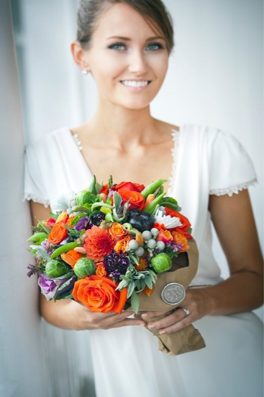 http://www.unitedwithlove.com/wp-content/uploads/2011/11/vegetable-bridal-bouquet.jpg