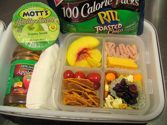 This lady documented every lunch she packed for her child, in kindergarten and 1st grade. And they are all different and healthy! - tons of inspirations and ideas, in case I ever un-lazify kiddo's lunch routine