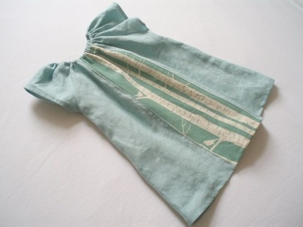 Pure Linen Toddler dress handmade by kidacollective... love the simple colours
