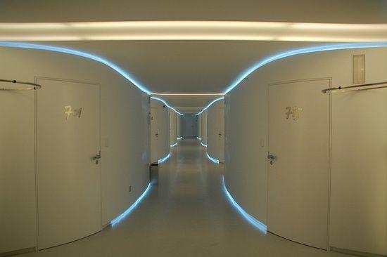 2006-11-26_Madrid_034_R - Hotel Puerta America - Planta Ron Arad by Alex Bueno, via #floor decorating #modern floor design #floor design