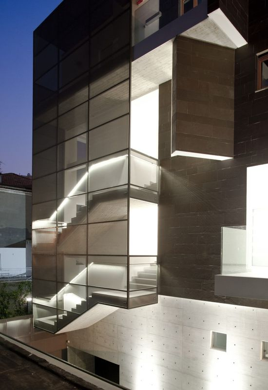 "Residential Building ""Brancacci"", Pescara, Italy by Alessandro Luigini Architect"