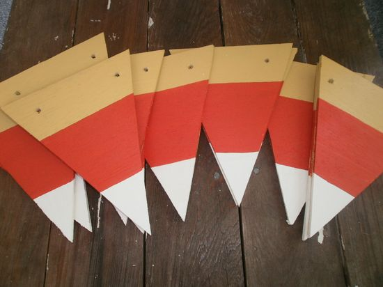 Candy Corn Garland Tutorial - fun for Halloween and Thanksgiving