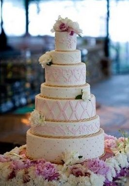 Wedding Cake - I like the variation in tiers.