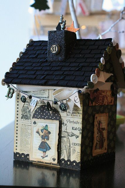 Spooky Halloween House by Craft Fancy, via Flickr