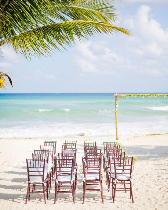 a ceremony on the shore...Photography By / renschemari.com