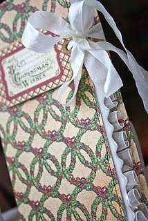 This is a gift card holder made by @jen Shears in our blog hop this week with May Arts! Beautiful! #graphic45 #mayarts
