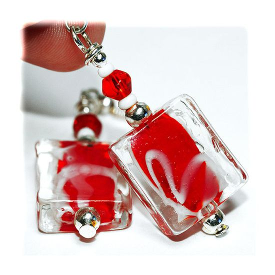 handmade earrings from @MADEbyMADA #europe, #handmade, #crafts, #madebymada, #jewelry #glass beads