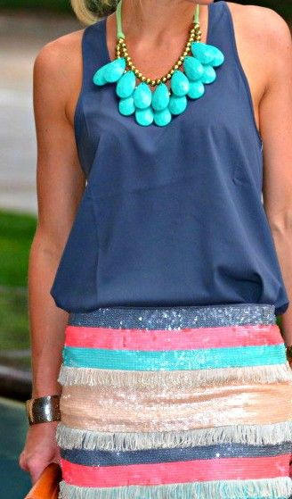 Cute skirt! Great necklace!