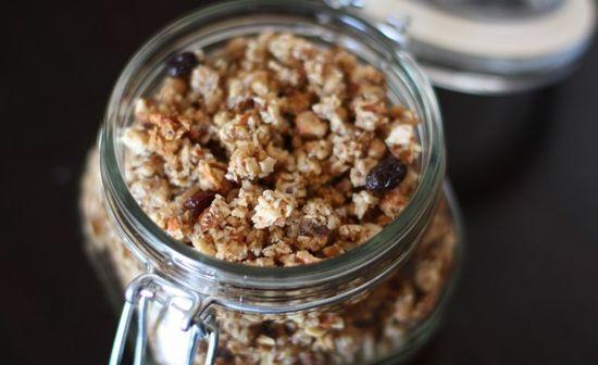 Almond vanilla granola