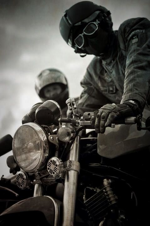 CAFE RACER CULTURE: Witch Doctor