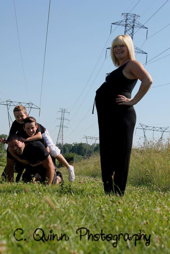 maternity family funny photo