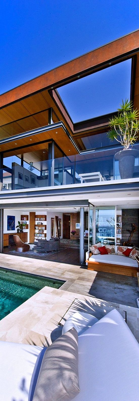 Dream #retreat In Sydney, #Australia combines opulence with unabated ocean views.