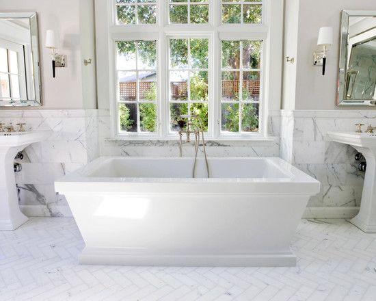 How gorgeous is this #marble #bathroom #design and #herringbone #floor?