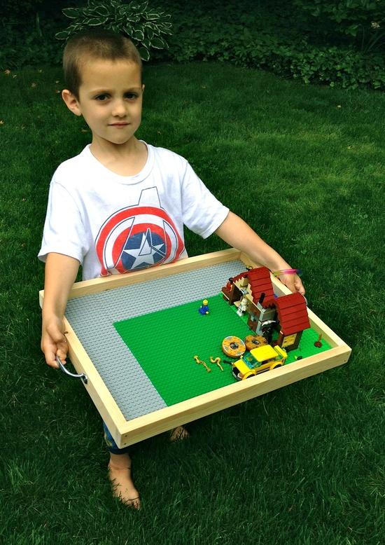 DIY Portable Lego Tray by thatsmyletter #DIY #Kids #Lego_Tray