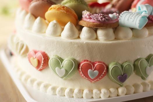 What a wonderfully, whimsically cute heart macaron cake. #food #macaron #cake #wedding #birthday #dessert