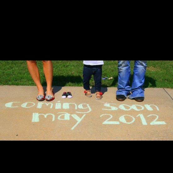 Great idea for announcing a pregnancy!