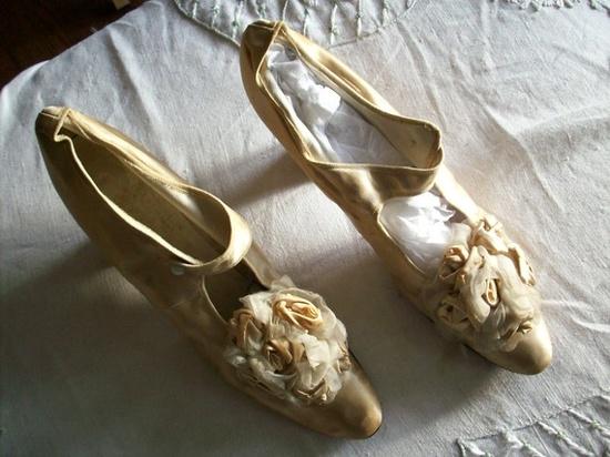 1860 Victorian ribbon work heels!