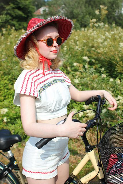 Vintage warm weather red and white cuteness. #vintage #summer #hats #fashion