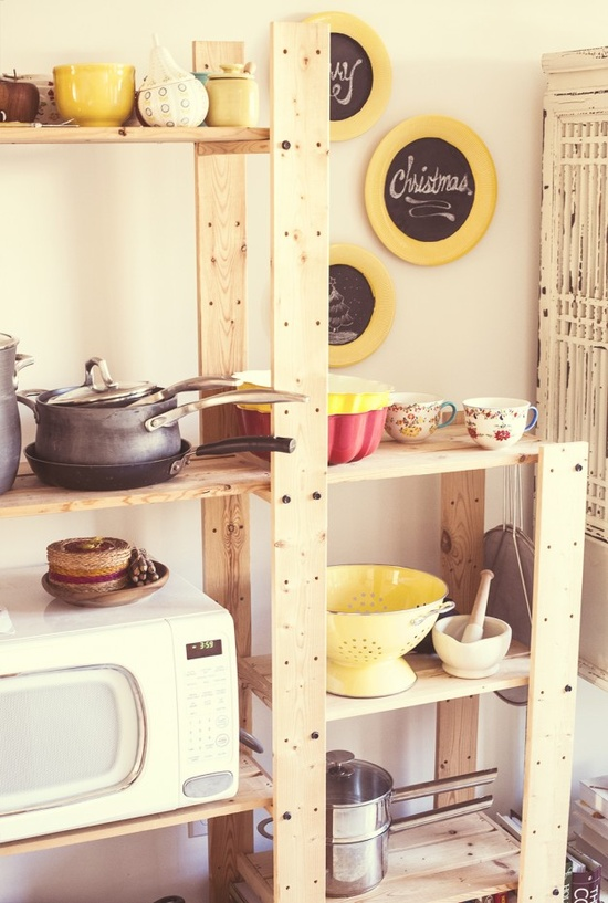 Re-purposing thrift store dishes into customizable wall decor and LOVE the shelving idea for a small home.