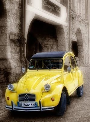 Gorgeous old Citroen