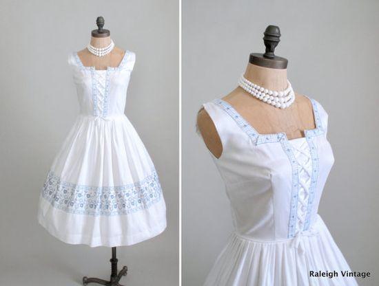 1950s Bavarian sundress.  www.etsy.com/...  #vintage #dress #1950s