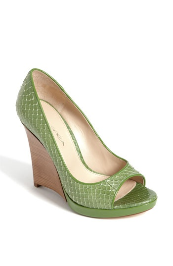 Love green shoes!