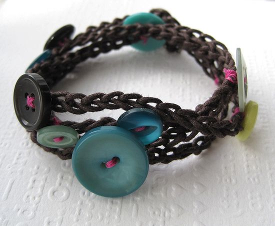 button bracelet #bracelet #button #crochet #handmade