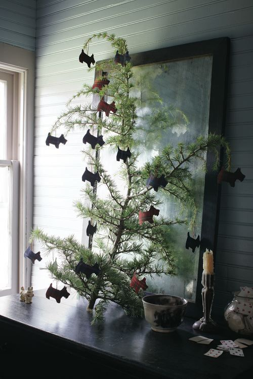 Something about Scottish Terriers just scream Christmas.